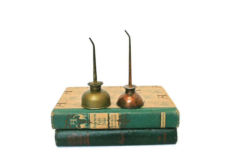 Vintage Oil Cans / Two Oil Can Display / Collectible Copper and Brass Oil  Cans for Industrial Decor