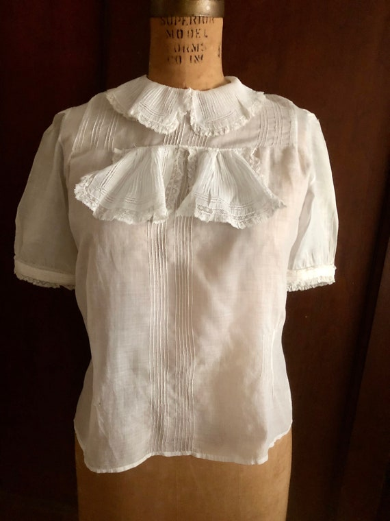 1900's Linen and Lace Blouse Completely Handsewn S