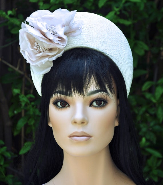 Crown Halo Royal Hat, Kate Middleton Hat, Duchess Hat, Blush Fascinator Hat, Wedding Hat, Ladies Church Hat, Women's Formal Hat,
