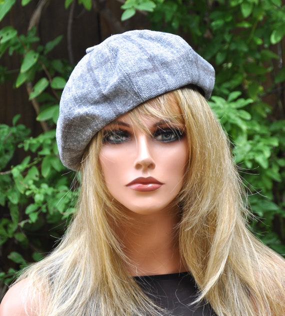Gray Beret, French Beret,  Ladies Gray Hat, Women's Winter hat, Gray Beanie, Casual Hat, Sporty Hat, Gray Winter Hat Beret