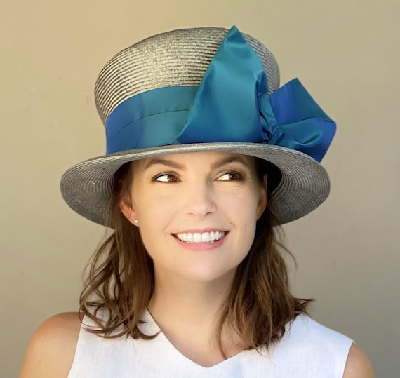 Kentucky Derby Hat, Wedding Hat, Women's Blue Gray Top Hat, Mad Hatter, Church Hat, Ladies Formal Hat, Garden Party hat, Tea Party Hat