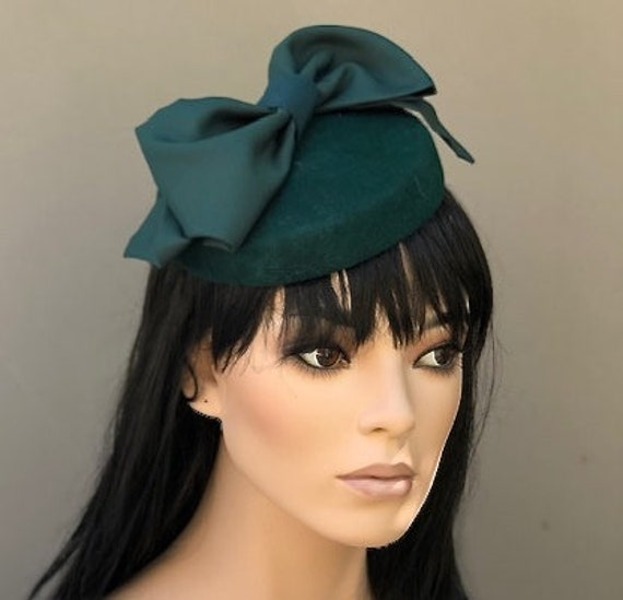 Women's Felt Hat, Duchess Kate Hat, Wedding Hat, Formal hat, Church hat Green Felt Fascinator Hat Pillbox Hat Occasion hat, Dressy Hat