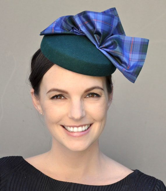 Tartan Plaid Fascinator, Scottish Plaid Hat, Formal Plaid Fascinator Hat, Blue Green Winter Fascinator, Cocktail Hat, Pillbox Hat