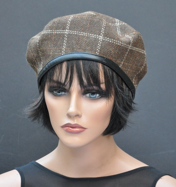 Brown Beret, Plaid Beret, Tartan Beret, Women's Winter Hat, Ladies Fall Hat, Brown Casual Hat