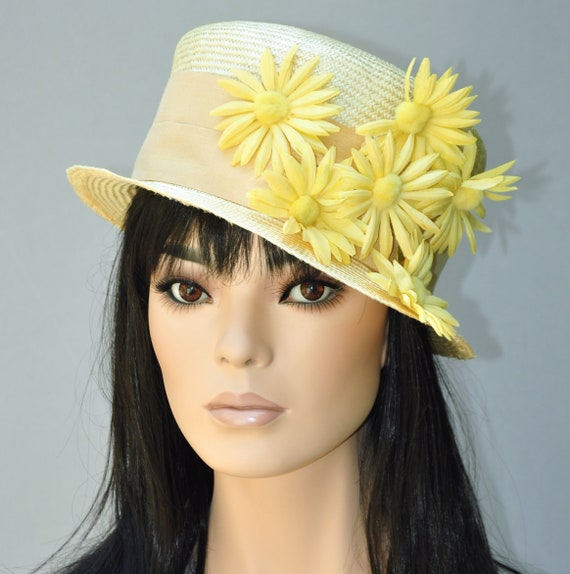 Wedding Hat, Ladies Yellow Hat. Formal Hat, Church Hat, Tea Party Hat, Dressy Hat, Garden Party Hat