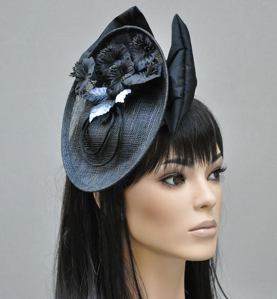 Black Fascinator, Derby Fascinator Hat, wedding fascinator, wedding hat, Black and White Hat, Saucer Hat