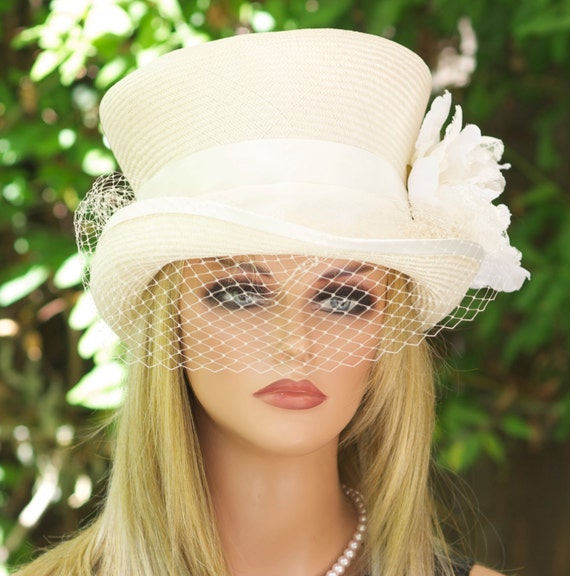 Ivory White Wedding Hat, Women's Top Hat, Bridal hat with Veil, Derby Hat, Ladies Victorian Hat