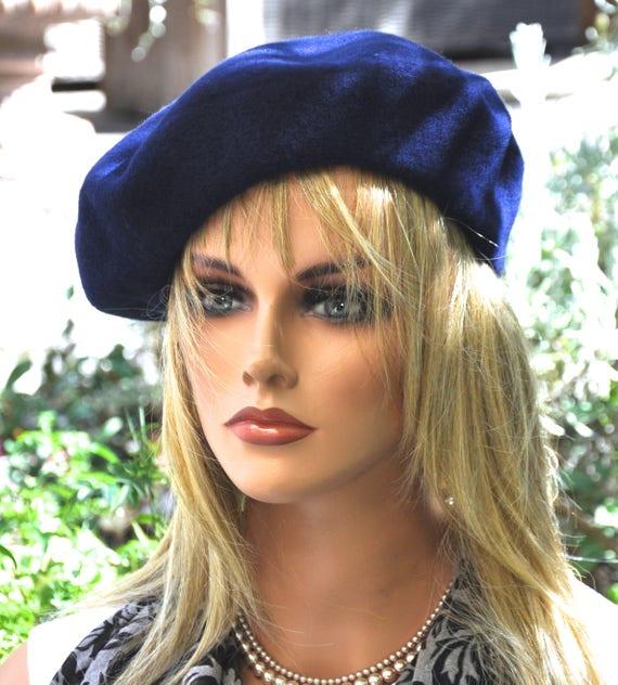 Dark Blue Beret, Navy Beret, Winter Hat, Ladies Dark Blue Hat, Navy winter hat, Boho Hat, Casual Winter Hat, Sporty Hat, French Beret