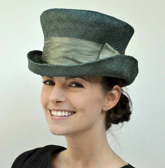 Ladies Green Formal Hat, Special Occasion Hat, Mad Hatter, Green Top Hat, Irish Green Hat, Downton Abbey Hat, Kentucky Derby Hat, Formal Hat