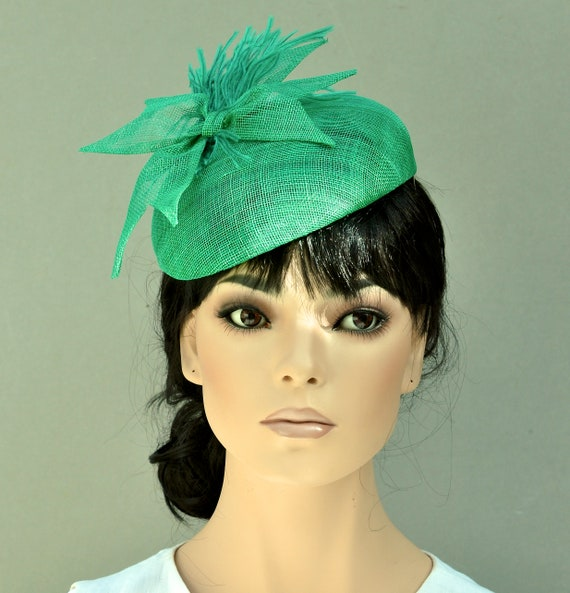 Emerald Green Pillbox Hat, Green Cocktail Hat, Ladies Formal Summer Hat, Women's Fascinator Hat, Wedding Hat, Kate Middleton Hat Duchess Hat