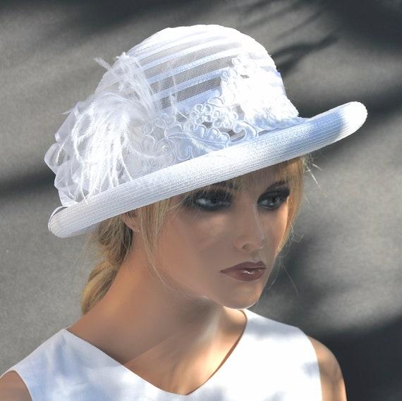 Ladies White Hat, Wedding Hat, Women's White Hat, White Wedding Headpiece, Formal Winter Hat, Elegant Hat