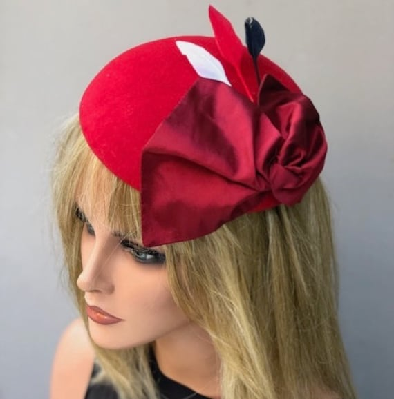 Women's Felt Hat, Felt Fascinator, Women's Red Pillbox Hat, Red Felt Cocktail Hat, Winter Fascinator, Women's  Formal Winter Hat