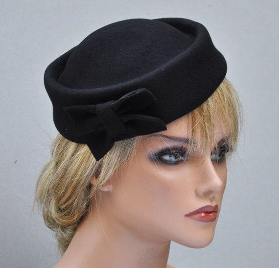 Fascinator Cocktail Hat Ladies Black Hat, Black Pillbox Hat, Black Fascinator Hat, Black Wool Felt Hat, Funeral Hat