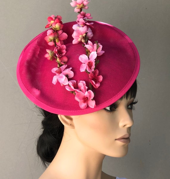 Kentucky Derby Hat, Women's Fascinator Hat, Ladies Pink Fascinator Hat, Wedding Hat, Wedding Fascinator, Saucer Hat, Fuchsia Fascinator,