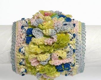 Bracelet with flowers crochet Chiffonnelle blue spring summer