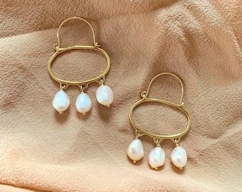 PENELOPE Wabi Sabi Hoop Earrings with Pearls / Handmade Minimalist Oval Earrings in Brass, Sterling Silver or 10k gold