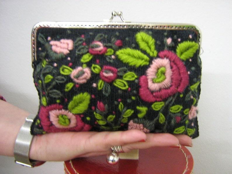Embroidery black purse