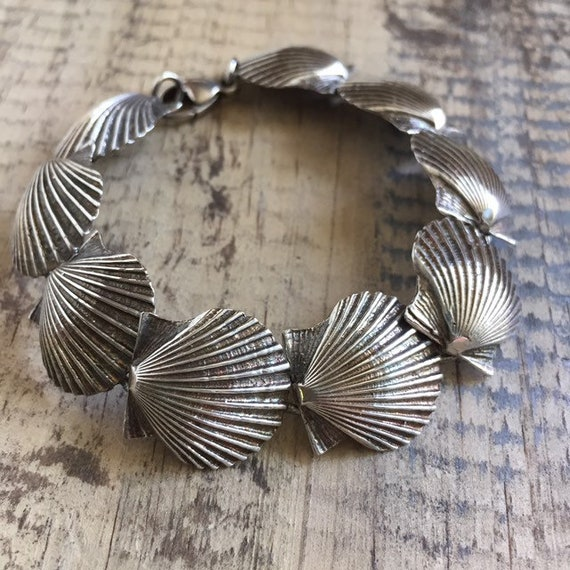 Sterling Silver scallop seashell vintage bracelet