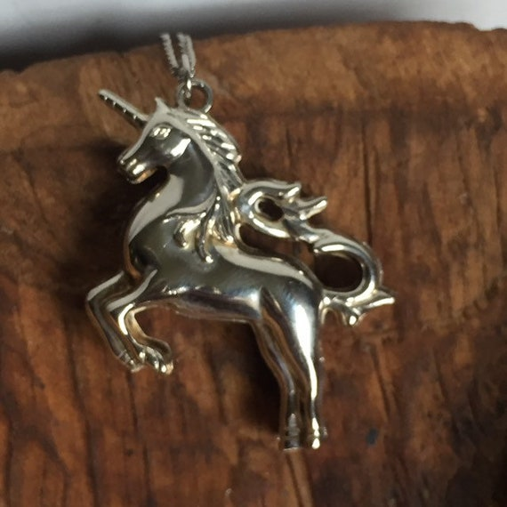 Vintage Sterling Silver Unicorn pendant necklace