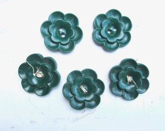 vintage buttons green flowers assorted 5 novelty button 1940s one inch