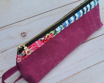 Olivia Pouch Make-up Case in Waxed Canvas