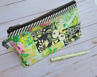Olivia Pouch Make-up Case Large