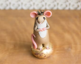 Mouse King on a Tuffet