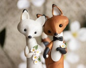 Fox Wedding - Red Fox and Arctic Fox Wedding Cake Topper