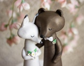 Fox and Bear Wedding Cake Topper - Arctic Fox and Brown Bear Sculpture by Bonjour Poupette