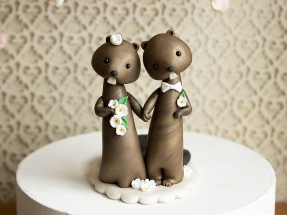 Beaver Wedding Cake Topper by Bonjour Poupette