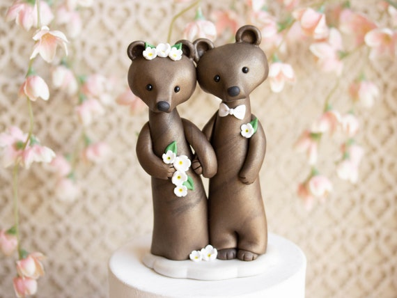 Brown Bear Wedding Cake Topper - Bride and Groom Bears