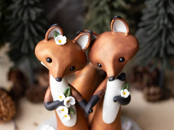 Red Fox Wedding Cake Topper - Foxes Holding Hands