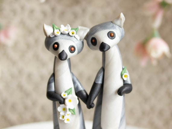 Lemur Wedding Cake Topper - Ring-tailed Lemurs by Bonjour Poupette