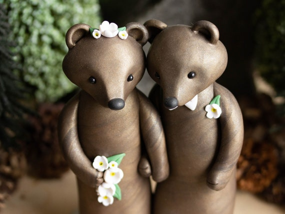 Big Brown Bear Wedding Cake Topper - Bride and Groom Bears