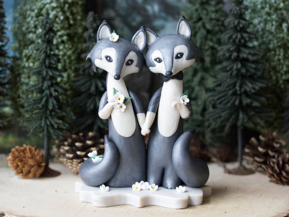 Gray Wolf Wedding Cake Topper by Bonjour Poupette