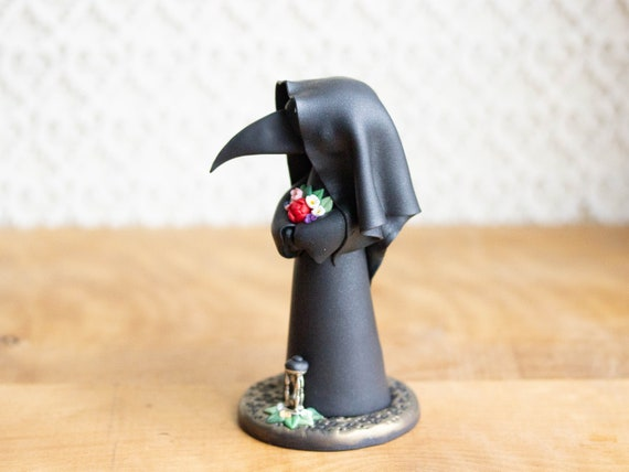 Plague Doctor Figurine - Plague Doctor Sculpture
