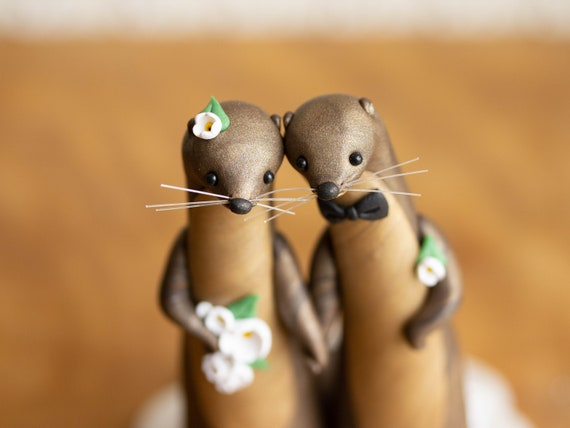 River Otter Wedding Cake Topper - River Otter Sculpture