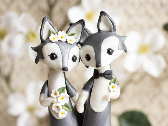 Gray Wolf Wedding Cake Topper - Wolves in Love