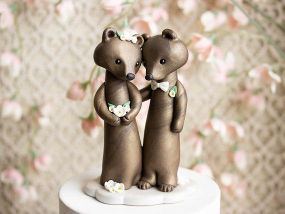 Brown Bear Wedding Cake Topper by Bonjour Poupette