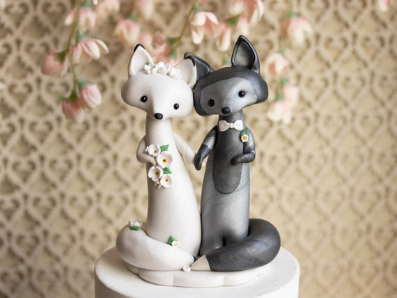 Fox Wedding Cake Topper - Silver Fox and Arctic Fox