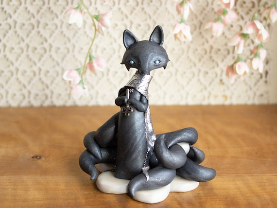 Shadow Kitsune - Nine-tailed Kitsune Fox Sculpture