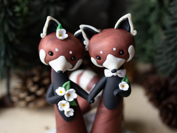 Red Panda Wedding Cake Topper