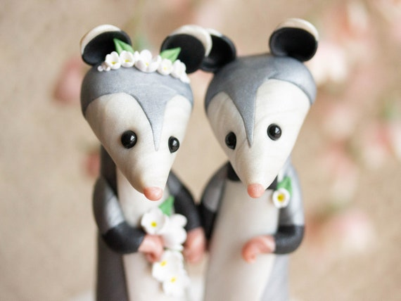 Opossum Wedding Cake Topper - Opossum Sculpture by Bonjour Poupette