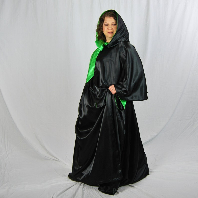 Wicked Witch Costume Cape and Skirt Halloween image 0