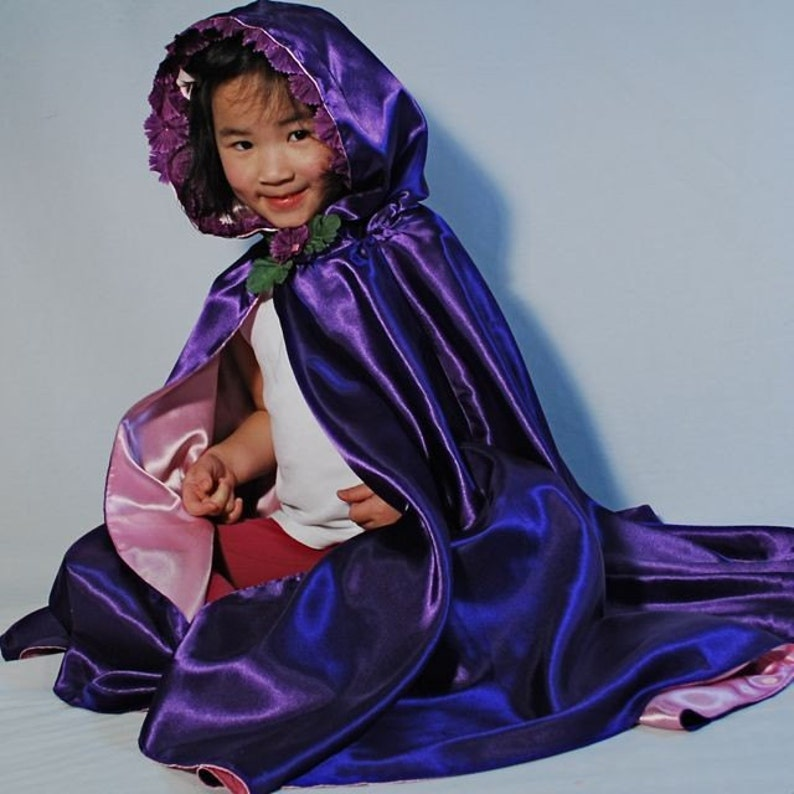 Girls Princess Cape Purple Blossoms image 0