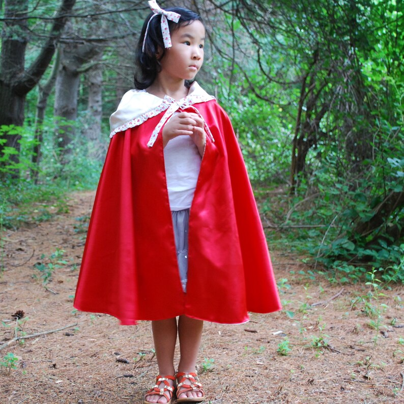 Girls Cape-Red Riding Hood image 0