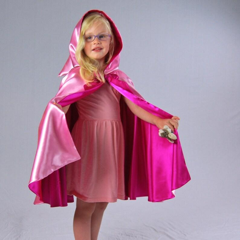 Princess Cape Pink Carnation image 0