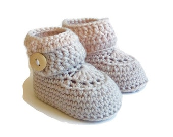 Neutral Knitted Baby Booties Crochet Baby Boots Baby Shoes Baby Ugg Baby Girl Baby Boy Baby Shower Gift Newborn Baby Gift Warm and Woolly