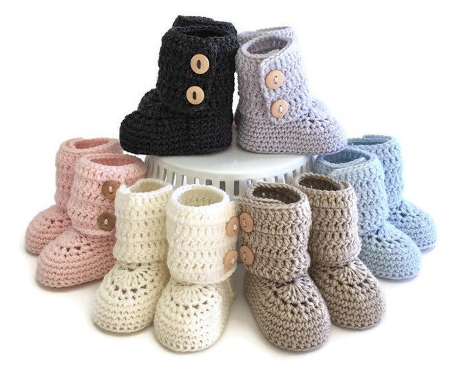 Featured listing image: Tall Button Cuff Baby Booties
