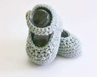 Green Baby Shoes, Crochet Baby Shoes, Mary Janes Baby Booties, Baby Girl, Newborn, Baby Shower Gift, Mary Jane Shoes, Summer Baby Clothes